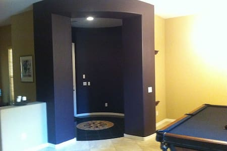 4100 sq ft of luxury in Maricopa - Ház