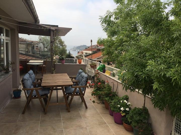 A lovely terrace floor at Bebek