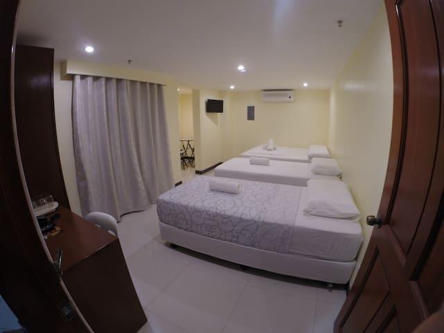 3C Superior Room - Mandaue City - (ไม่ทราบ)