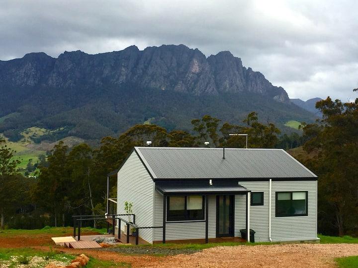 Manna Hill Farm Cottages -  Mt Roland View