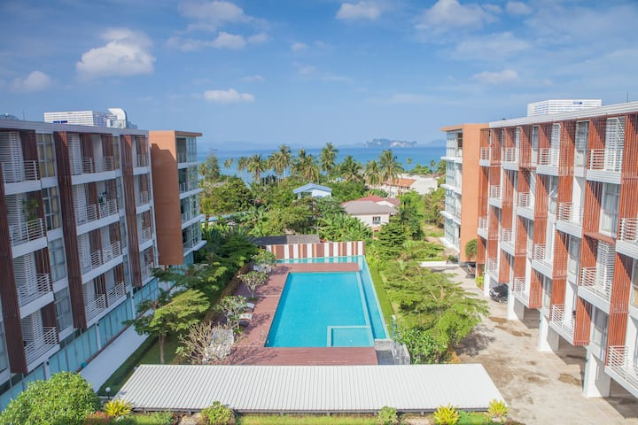 Beautiful sea view 1-bedroom condo
