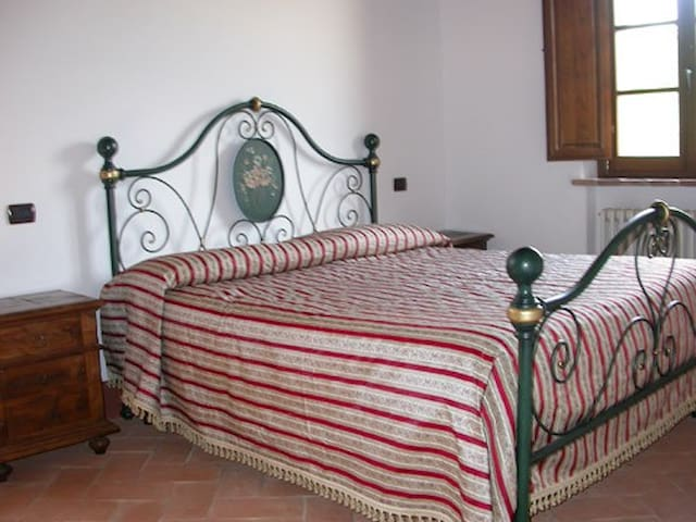 Double Room In Monticchiello (Pienza) - Monticchiello