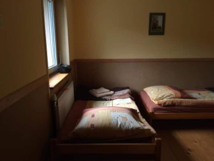 Żubracze pokój 4 ( 3 osobowy)