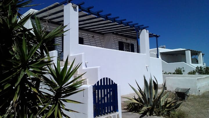 Alexander's House 150m from Logaras Beach