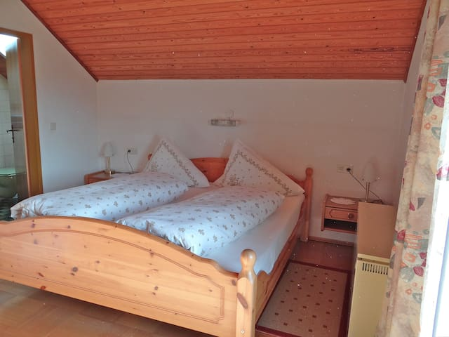 Privatzimmer in Mauterndorf - Mauterndorf - Bed & Breakfast