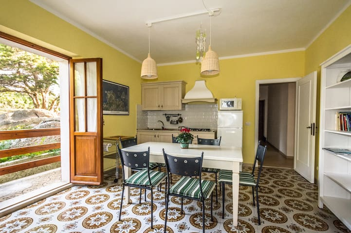 Apartment: 2-3 rooms with bathroom - Santa Teresa Gallura - Apartemen