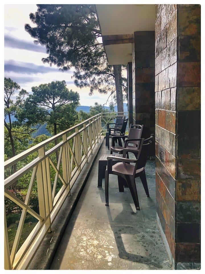 Modern home nr Nainital Bhowali Bhimtal Sattal GF4