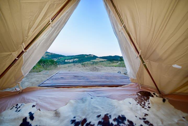 Tenda con Vista Panoramica_ Romantic city escape!
