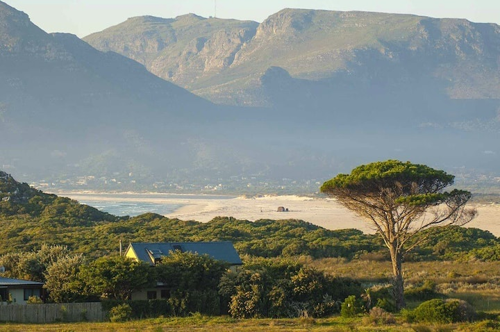 Kommetjie Villa, Beachfront Estate