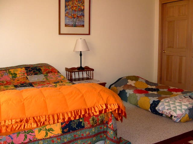 Master Bedroom Suite - Ojo Caliente