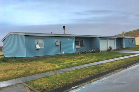 Aleutian Outfitters Lodge 252B