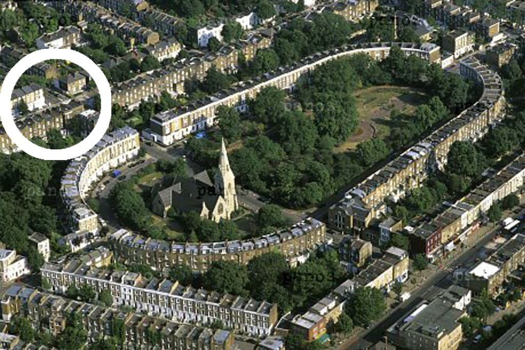 Beautiful and central, conservation area of Barnsbury (our house on the left )