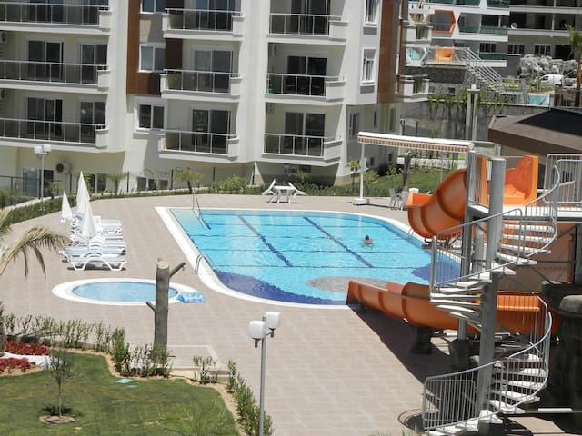 Luxury appartment 1+1 Pool, Tennis, Gym, calm - Avsallar Belediyesi - Lägenhet