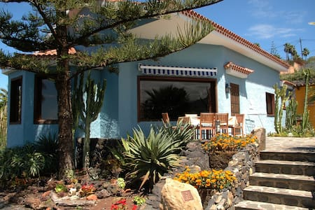 Villa with Teide and Atlantic views - La Matanza de Acentejo - Casa