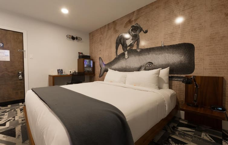224 MP BOUTIQUE HOTEL | BESIDE ROGERS PLACE | LUX