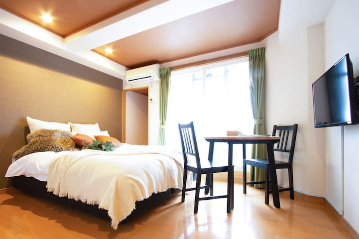 11min from Kyoto sta/ Queen bed private room
