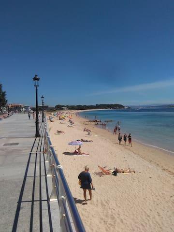 Alojamiento a pie de playa de Coroso