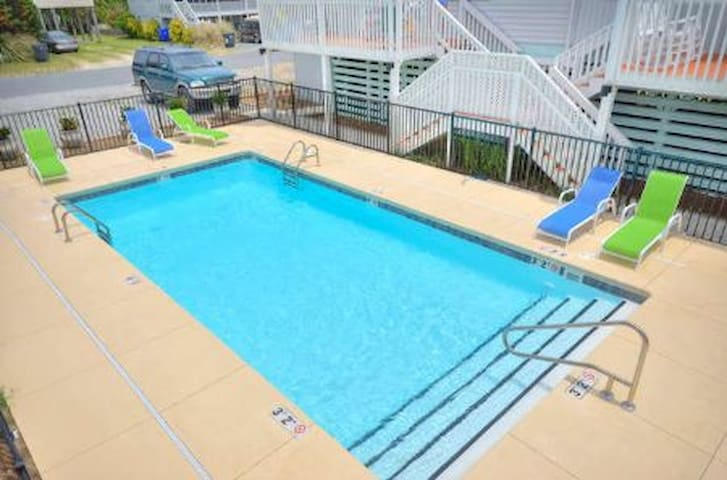 Blockade Runner Villa -Perfect Getaway - Oak Island - Condominium
