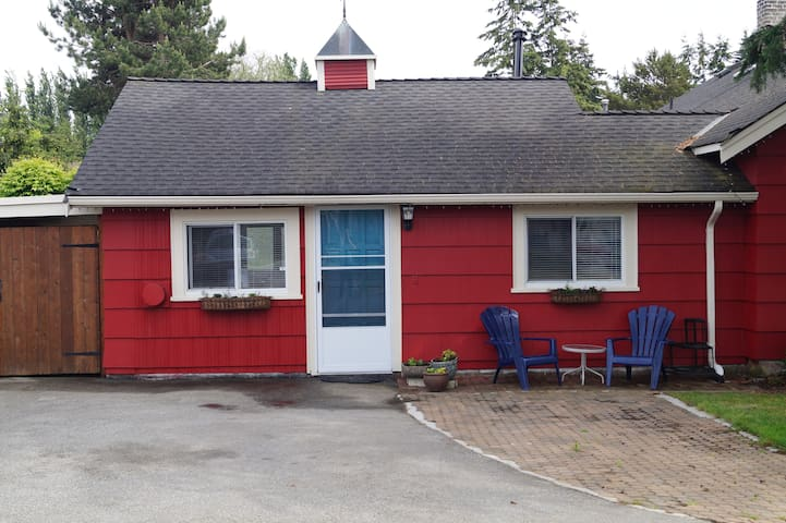 Caliente Cottage at Crescent Beach - Surrey - Cabaña