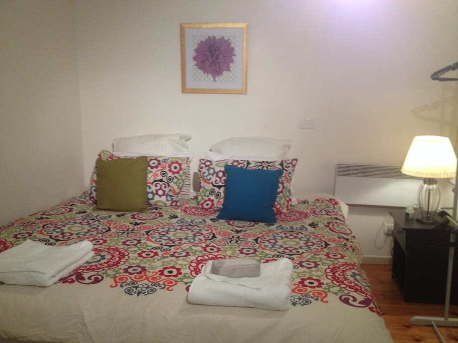 We can provide a king single bed for solo travellers or two king singles placed together for couples.