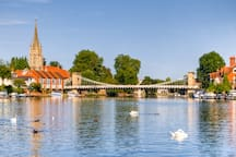 Marlow Bridge and Town Centre