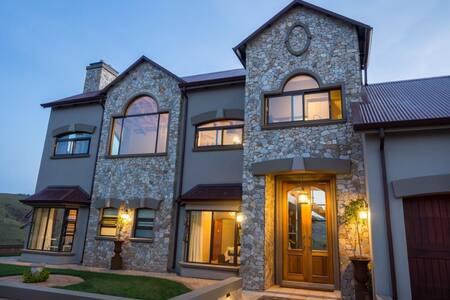 Highland Gate Golf & Trout Estate unit 843