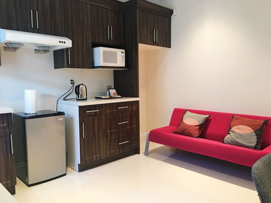 Vancouver Modern Quiet Two Bedrooms Suite Private Houses For Rent In Vancouver British