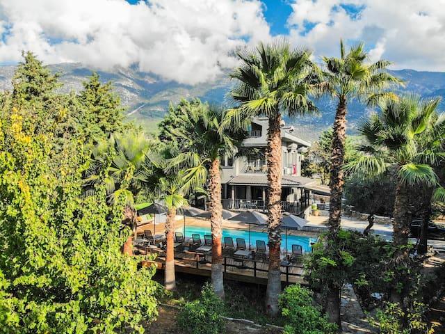 Villa Sofa, Turunç Tatil Evi, Ölüdeniz - Fethiye