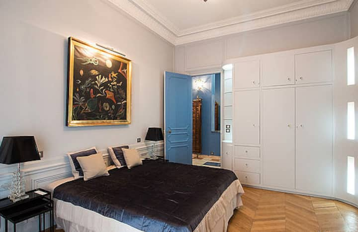 Nice flat in Place Vendôme (Mobility lease)