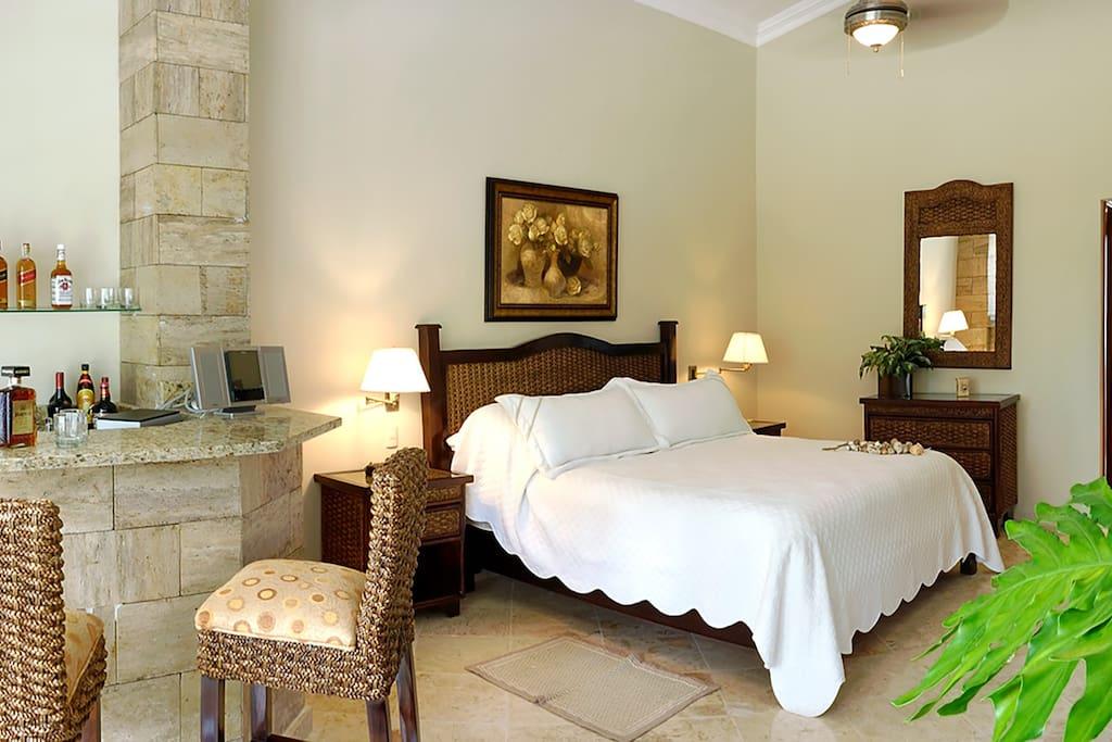 Villa Bedroom with Bar