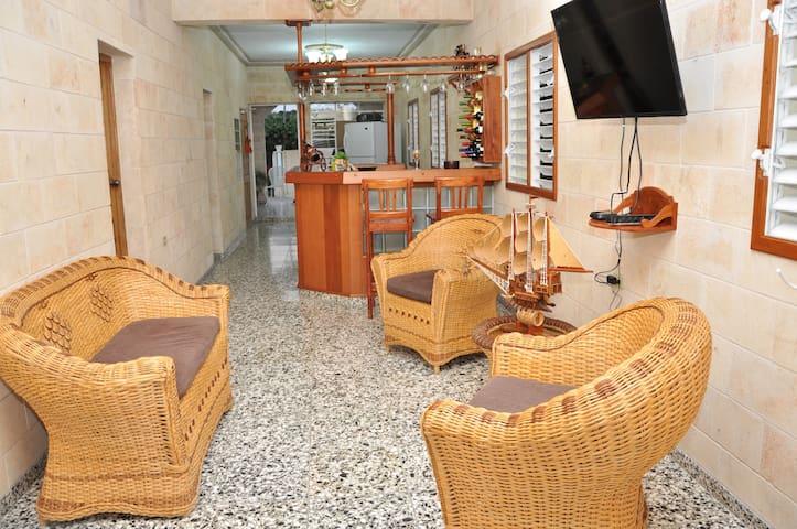 Hostal El Farito - Cienfuegos - Отпускное жилье