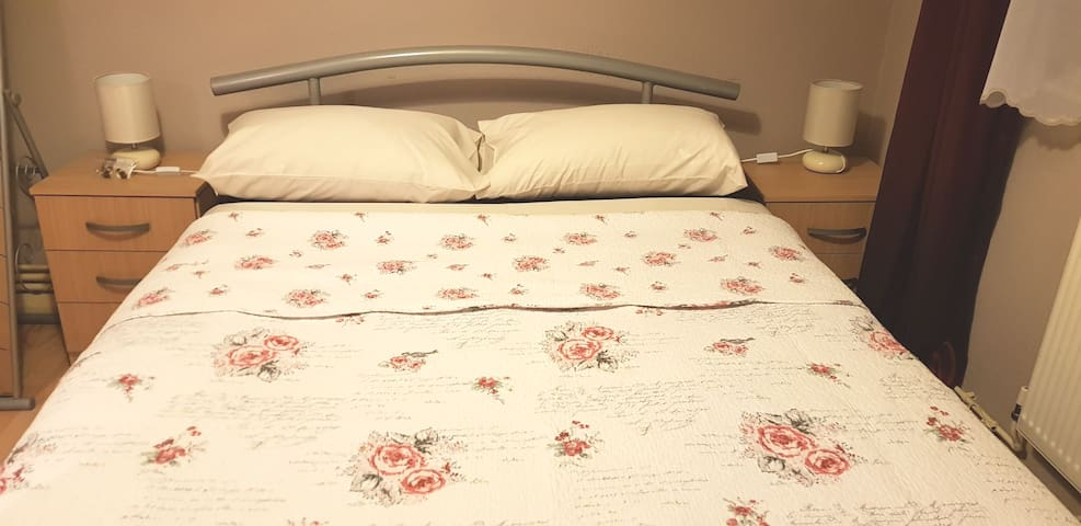 DOUBLE ROOM IN CENTRAL LONDON - TOURIST AREA