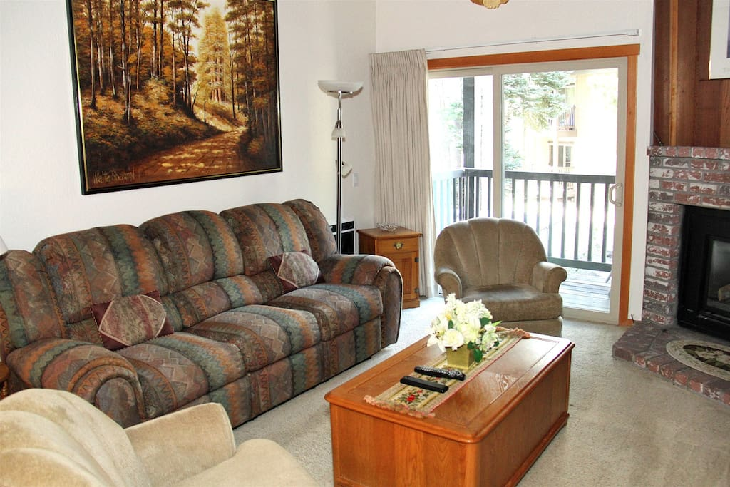 Mammoth Condo Rental Chamonix 40 - Living Room with Access to Outside Deck