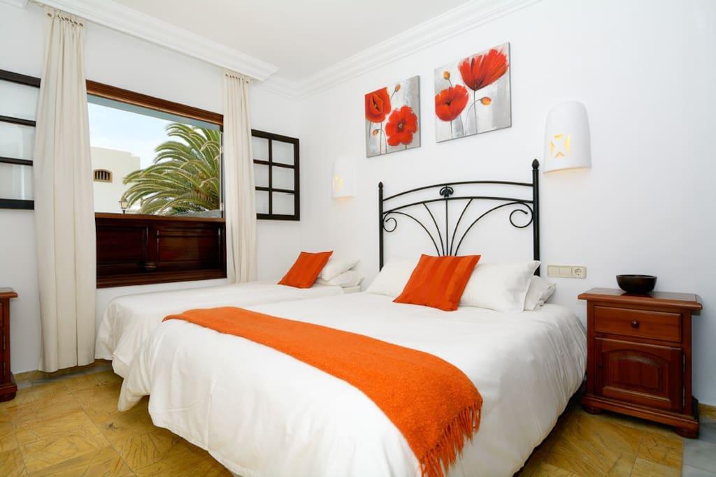 Ground floor double bedroom.