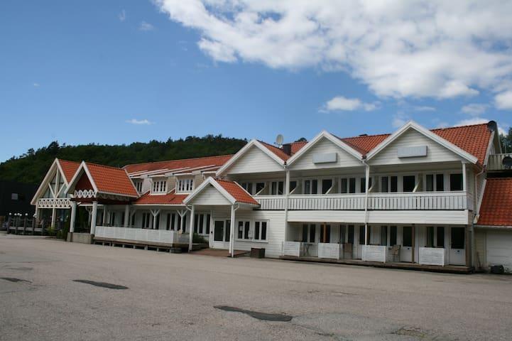 Motell Sørlandet (Double/Trippel Room)