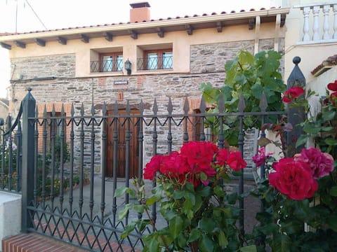 Casa rural El Mirador del Monreal  13 pax