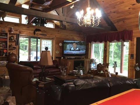 Cross Fork Pine Lodge Bear's Den3 br luxury cabin