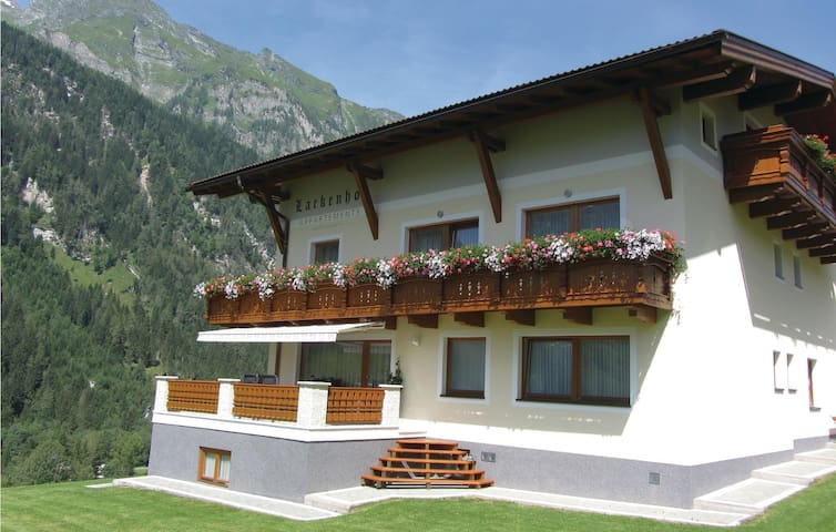 Holiday apartment with 2 bedrooms on 63m² in Rauris