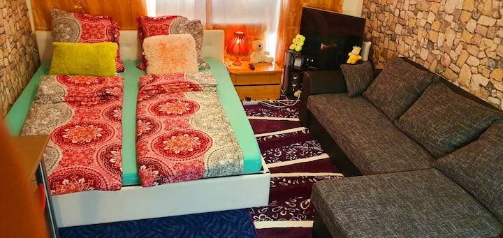 Cozy Room Apt at Downtown Munich, 2 min to S-bahn