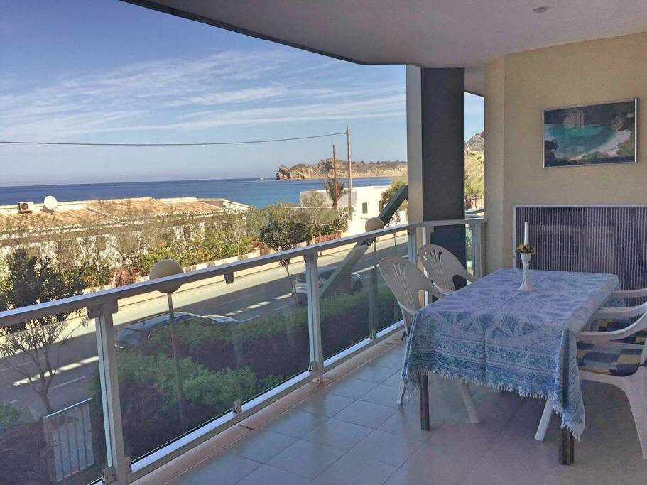 Golden life apartments for rent in j vea comunidad for Gimnasio javea