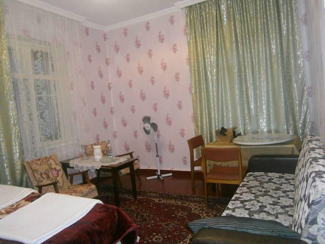 Уютная комната не далеко от моря - Chakvi - Pis