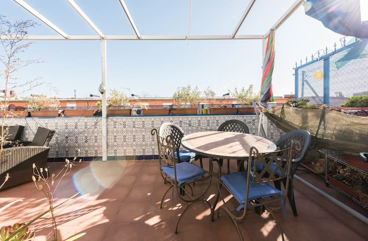Airbnb San Diego Madrid Vacation Rentals Places To