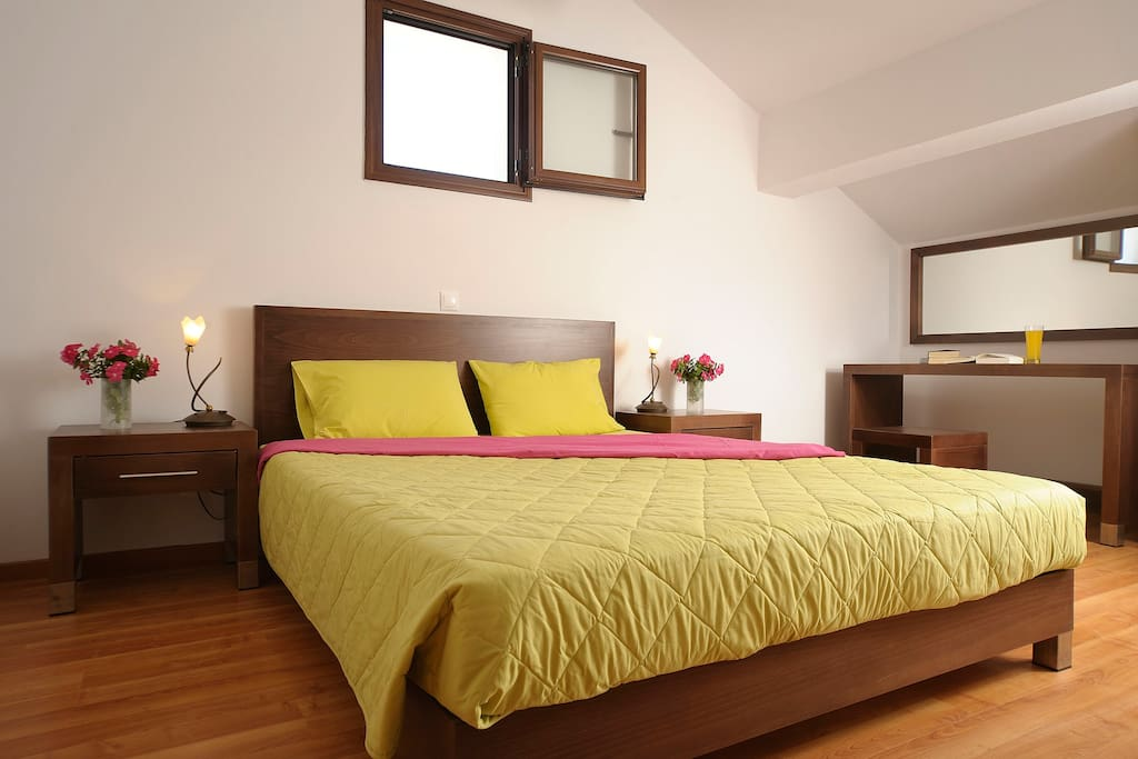 Master Bedroom (double bed)