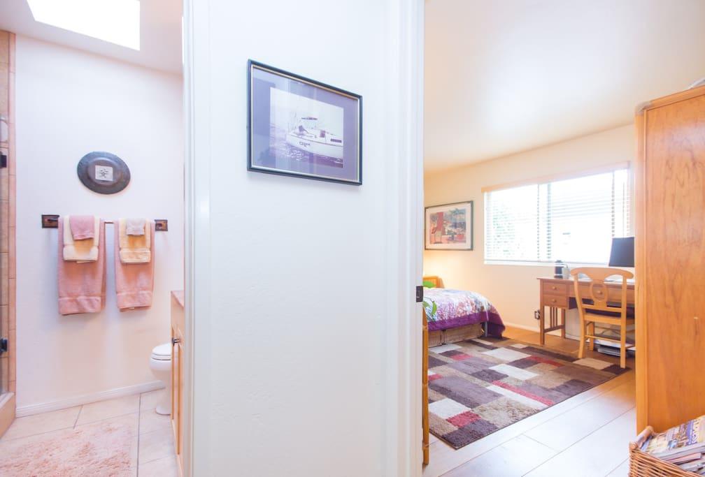 Your bathroom just 2 steps from your bedroom door