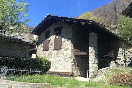 Casa indipendente in montagna