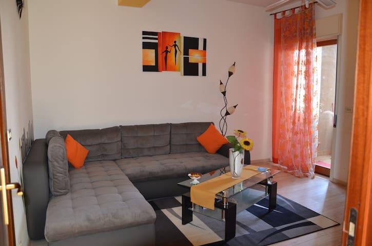 Calatabiano,Giardini Naos, Taormina - Calatabiano - Apartamento