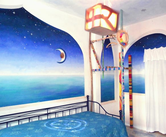"Room  in ""pavilion with a seaview""  - โคโลญ"