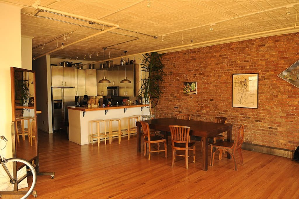 2000 sq ft photographers loft condominiums for rent in for How big is 2000 square feet