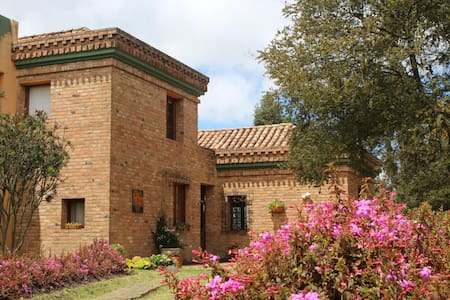 Beautiful farm house near Bogota - Suesca - Huvila