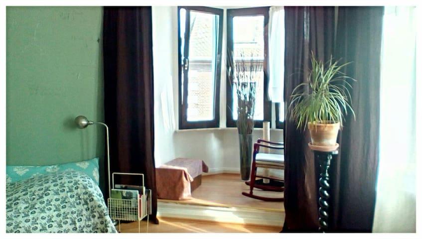 Einzelzimmer Hattingen Altstadt nähe Bochum Essen - Hattingen - Wohnung